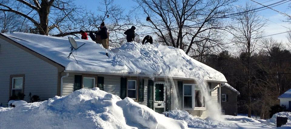Winter Roof Maintenance: Avoid roof repairs
