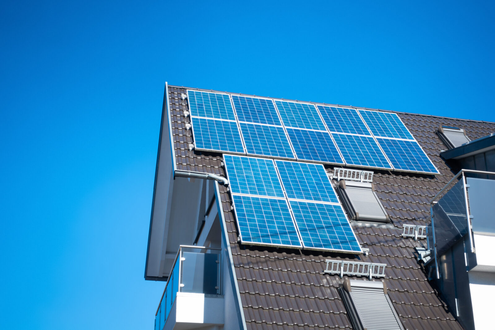 Golden Group Installs New Solar Tiles Right Into Your Roof
